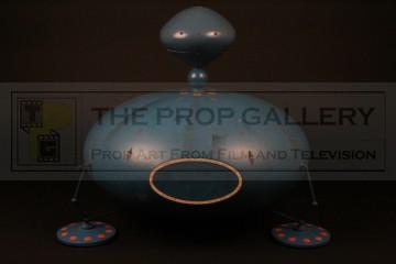 Large scale Kaldorian spaceship filming miniature