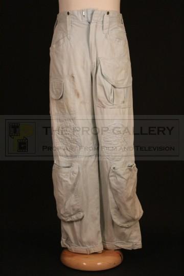 Brett (Harry Dean Stanton) cargo pants