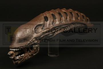Alien rod puppet head