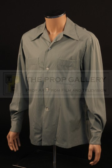 Riggan Thomson (Michael Keaton) shirt