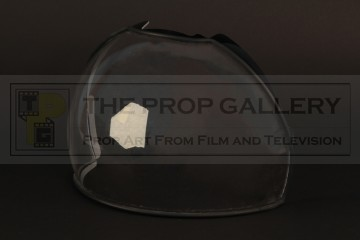 Sam Bell (Sam Rockwell) space helmet visor