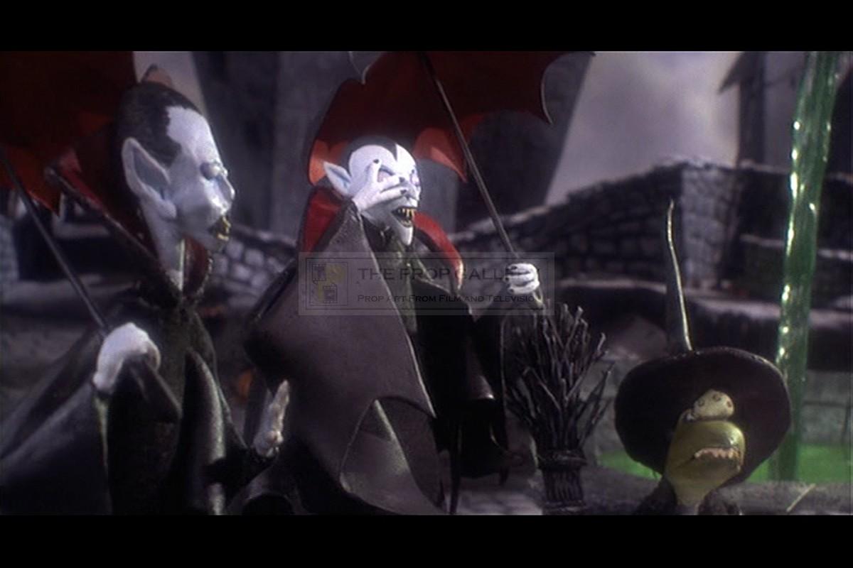 The Prop Gallery | Vampire umbrella