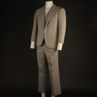 Al Capone (Jason Robards) suit