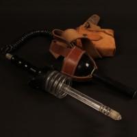 Jenna Stannis (Sally Knyvette) Liberator gun