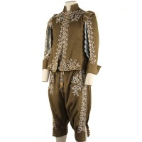 Duke of Buckingham (Simon Ward) costume