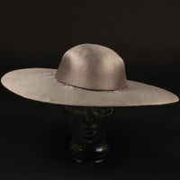Dominick Hide (Peter Firth) futuristic hat