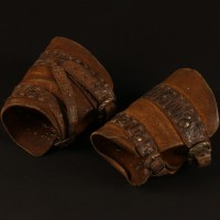 Dwarf wrist guards