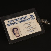 Rachel Mannis (Julia Roberts) identification badge