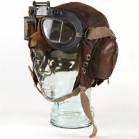 Colin Harvey (Christopher Plummer) flying helmet & goggles