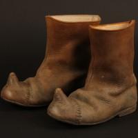 Trumpkin (Peter Dinklage) boots