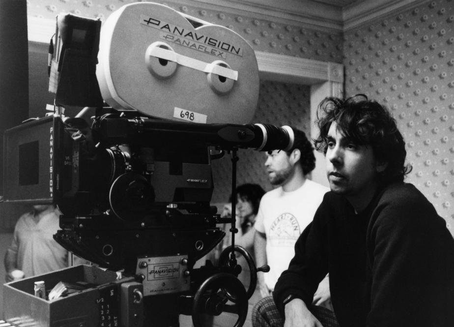 Tim Burton behind the scenes on Beetlejuice.
