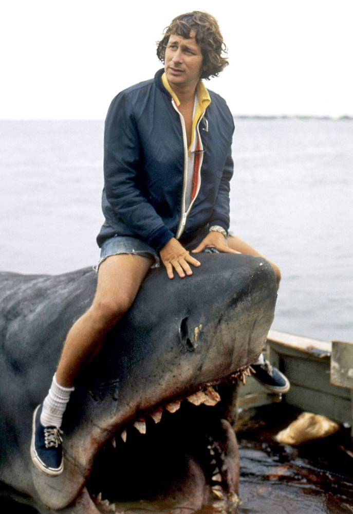 Steven Spielberg behind the scenes on Jaws (1975)