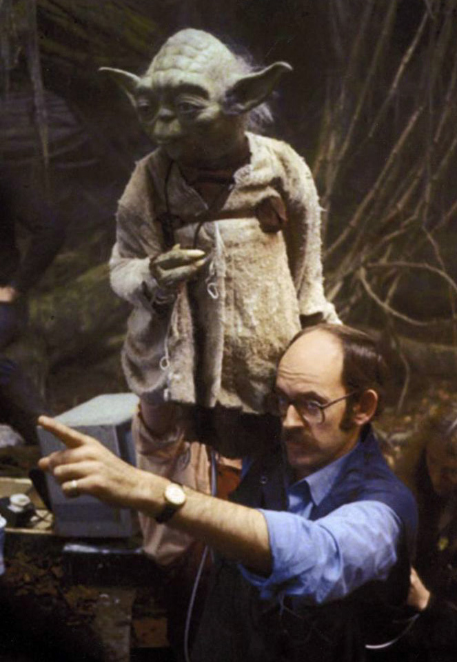 Frank Oz on set of The Empire Strikes Back with the Yoda puppet