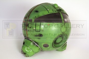 Large scale Starbug head filming miniature - Back in the Red