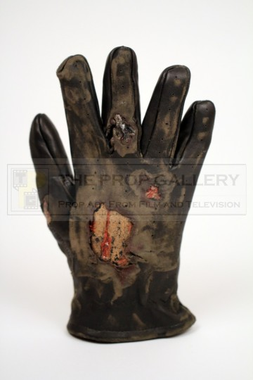 The Terminator (Arnold Schwarzenegger) distressed glove