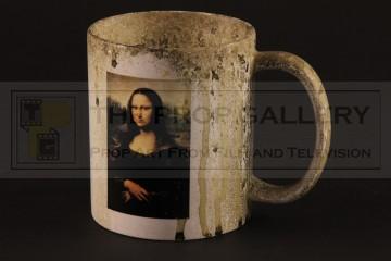Distressed Mona Lisa mug