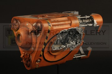 SS Hermes escape pod filming miniature - Only The Good...