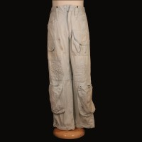 Brett (Harry Dean Stanton) cargo pants