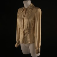 Nancy Pryor (Karen Black) blouse