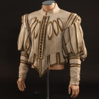 Athos (Oliver Reed) doublet