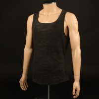Riddick (Vin Diesel) vest