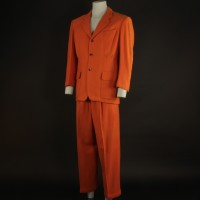 Sam Catchem (Seymour Cassel) costume