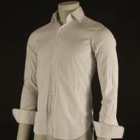Jake Moore (Shia LaBeouf) shirt