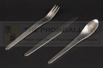 Discovery One cutlery